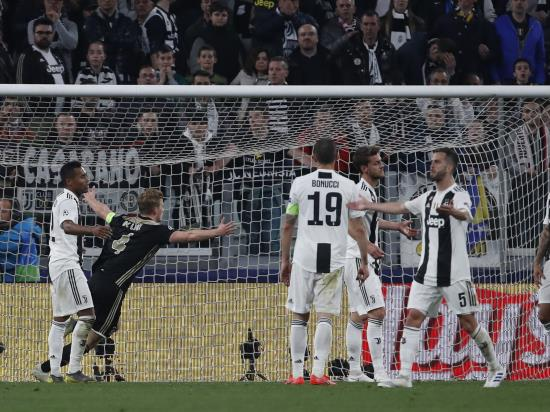 Ajax stun Juventus in Turin to advance to Champions League semi-finals
