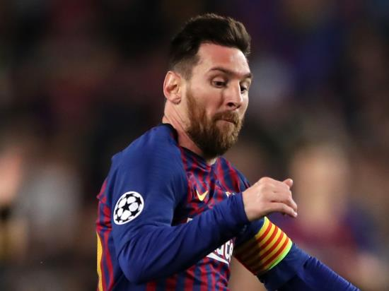 Barcelona vs Valencia - Barca won't rush Messi back from calf injury