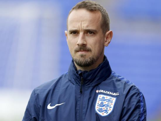 Mark Sampson sees positives as Stevenage held by Cambridge