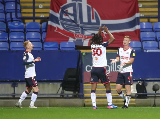 Eoin Doyle snatches late point for Bolton against Cheltenham