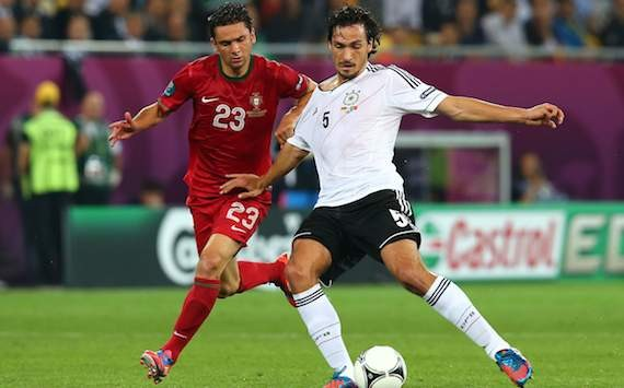 Germany's Hummels calls for improvement in attack