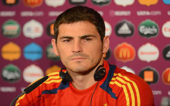Casillas plays down Puyol absence: Pique has always done well against Cristiano Ronaldo