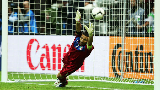 Casillas has full respect for Buffon