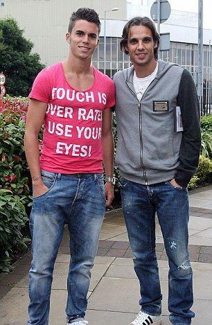 Blackburn sign former Portugal ace Gomes on free transfer