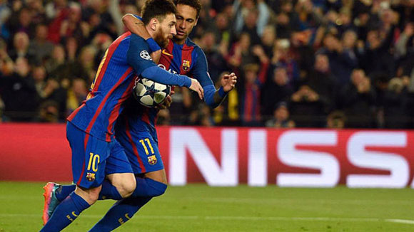 Neymar: Messi will definitely renew at Barcelona