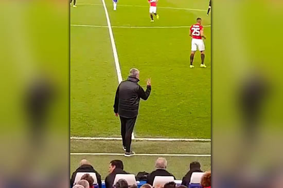 Watch Jose Mourinho respond to Chelsea fans' 'F*** off Mourinho' taunts in the best way