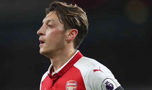 Mesut Ozil likely to join Manchester United after huge development