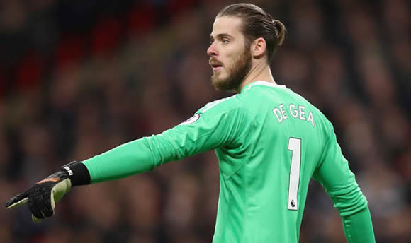 Real Madrid want to swap Cristiano Ronaldo for Manchester United star David De Gea