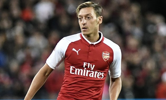 Ozil hands Arsenal edge on Liverpool, Southampton in Havertz battle