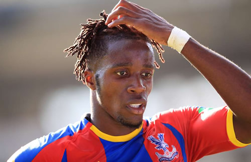 Wilfried Zaha sent a message to his Crystal Palace teammates amid interest from Chelsea