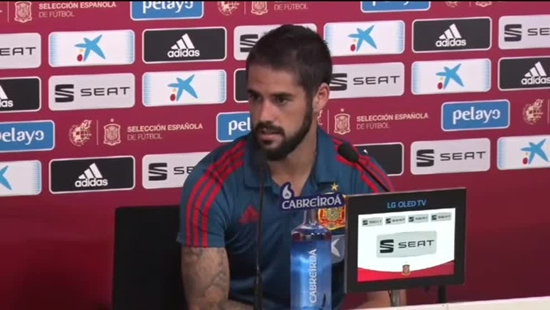 Isco happy with new Spain boss Luis Enrique introducing mobile phone ban