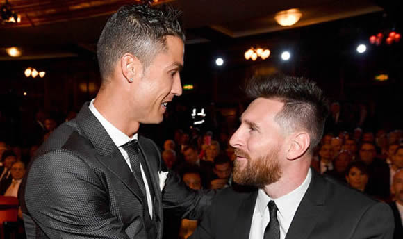 Cristiano Ronaldo is NOT on Lionel Messi's level for one reason - Juanfran