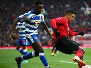 Manchester United 2 Reading 0: Sanchez hurt as Solskjaer's side ease through