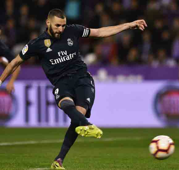 Real Valladolid 1 Real Madrid 4: Benzema at the double as Solari's men battle to win