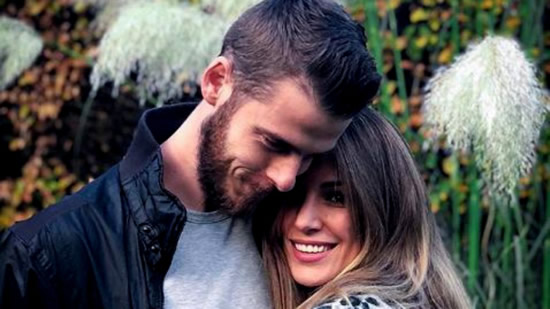 De Gea's expressive reaction to girlfriend Edurne's bikini photo