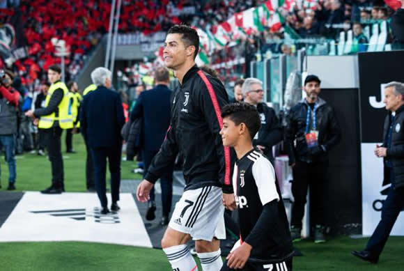 Cristiano Ronaldo Stunned His Son By Showing Him The Room He Grew Up In