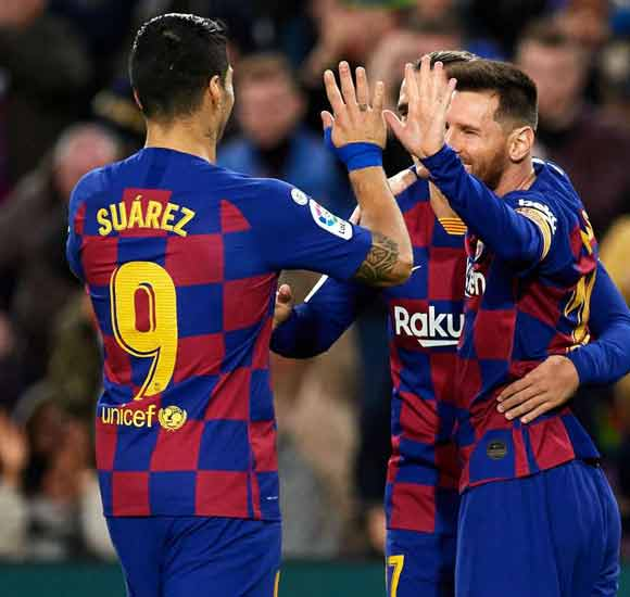 Barcelona 4-1 Deportivo Alaves: Messi ends 2019 with 50 goals as Barca cruise
