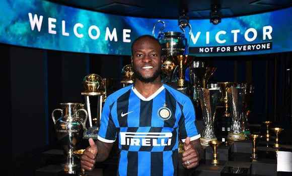 Inter sign Chelsea winger Moses on loan