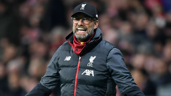 'Put your hands away you f*cking idiots!' - Klopp fumes at Liverpool fans amid coronavirus concerns