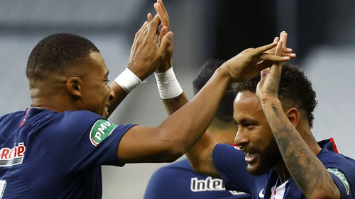 Mbappe ends up on crutches as PSG win Coupe de France