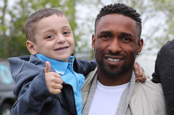 Jermain Defoe Is Now An OBE And He's Dedicated The Award To Bradley