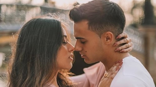 Reguilon makes his relationship with YouTuber Marta Diaz official